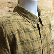 Woolrich Mens XL Dark Yellow Plaid Woven Cotton Short Sleeve Casual Shirt - $20.53