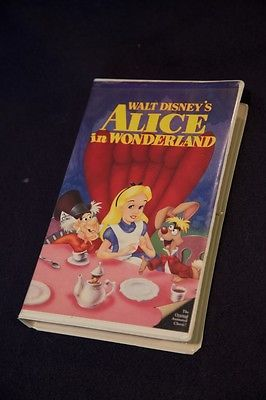 Walt Disney's Alice in Wonderland, Black Diamond Classic VCR movie - RARE