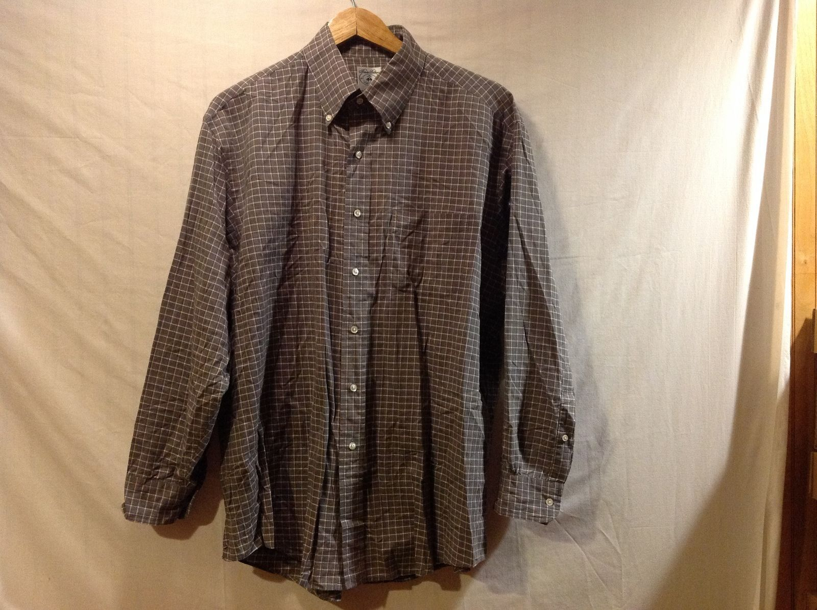 Brooks Brothers Mens Gray Plaid Sports Shirt
