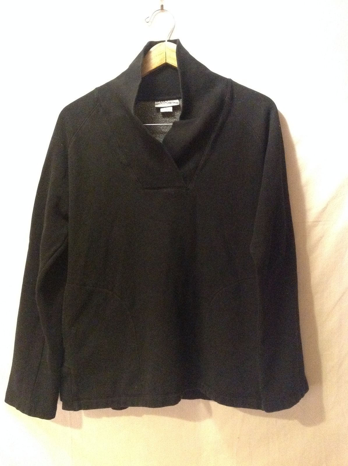 Wild Palms Black Womans V-neck Sweater, Size Large