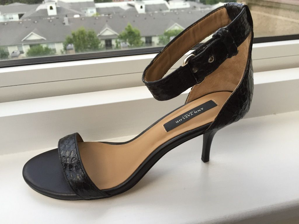 c9a7a731130 NEW Ann Taylor Mara Leather Kitten Heel and similar items. S l1600