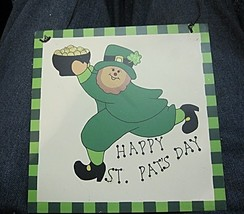 Irish Plaque Happy St. Pat's Day - $6.04
