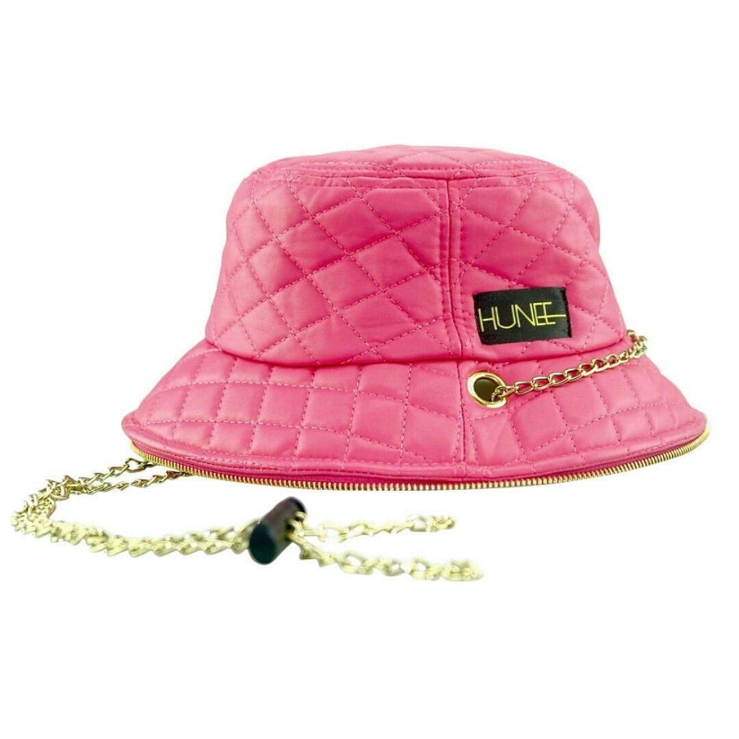 EYE HUNEE: PINK QUILTED FAUX LEATHER BUCKET HAT