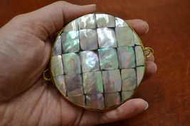 """round MOTHER of PEARL SHELL trinket box coin purse 3"""" #t-2807 - $10.00"""