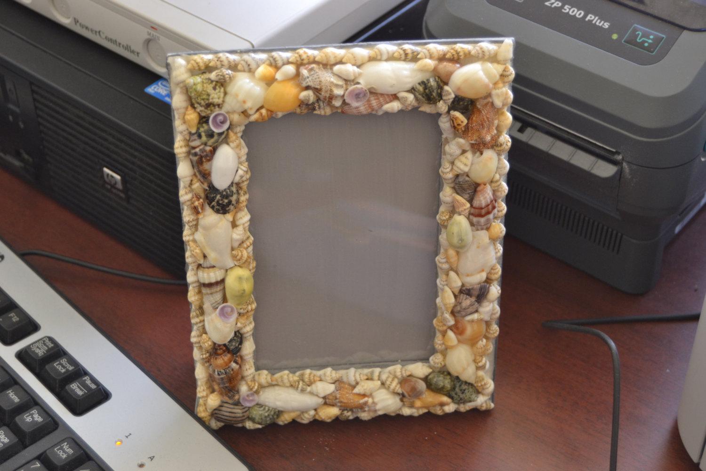 handmade sea shell PICTURE beach theme FRAME 7516A - $12.00