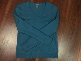 Ann Taylor Factory Women's Medium Sweater V-neck Light Blue Long Sleeve - $28.04