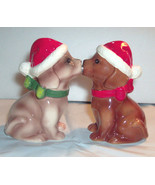 Attractives Magnetic Kissing Holiday Puppies Salt and Pepper Shakers New... - $6.30