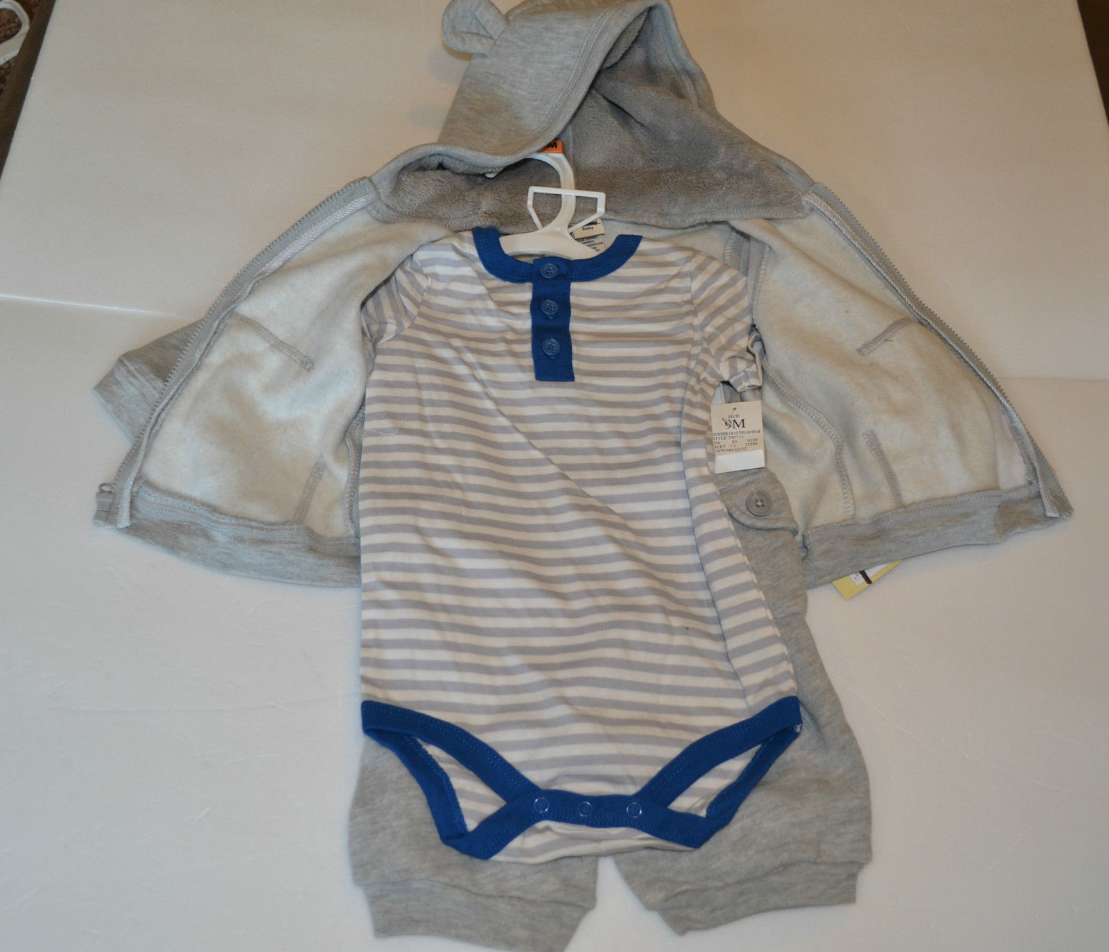 Cherokee Three Piece Infants Boys Polar Brear Outfit Size  9M NWT