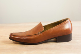 Kenneth Cole 5.5 Brown Slip-On Loafer Women's Shoes - $42.00