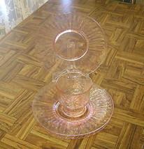 LOT OF 4 pcs.VINTAGE ROSE PINK GLASS FLOWER PETAL LIBBEY SHERBET & 3 PLA... - $21.78