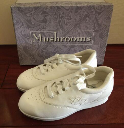 Vintage NIB Box 1990s 90s Mushrooms Women Shoes Sneaker White Sz 7 Nurse Vegan