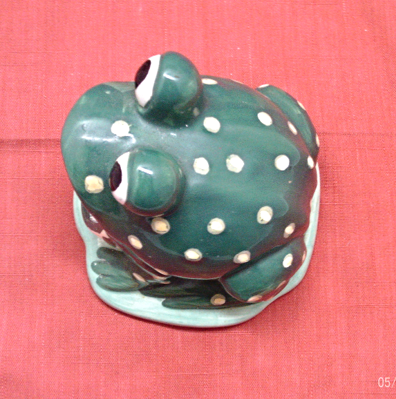Vintage Green & Yellow Spotted Big Mouth Frog Kitchen