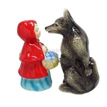1 X Lady And Wolf Attractives Salt Pepper Shaker Made of Ceramic - $11.83