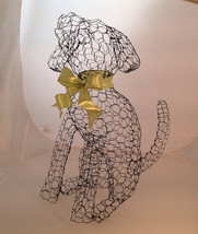 Sitting Labrador Puppy Topiary Frame - $50.00