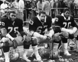 Upshaw Shell Lawrence Oakland Raiders Vintage 8X10 BW Football Memorabilia Photo - $6.99