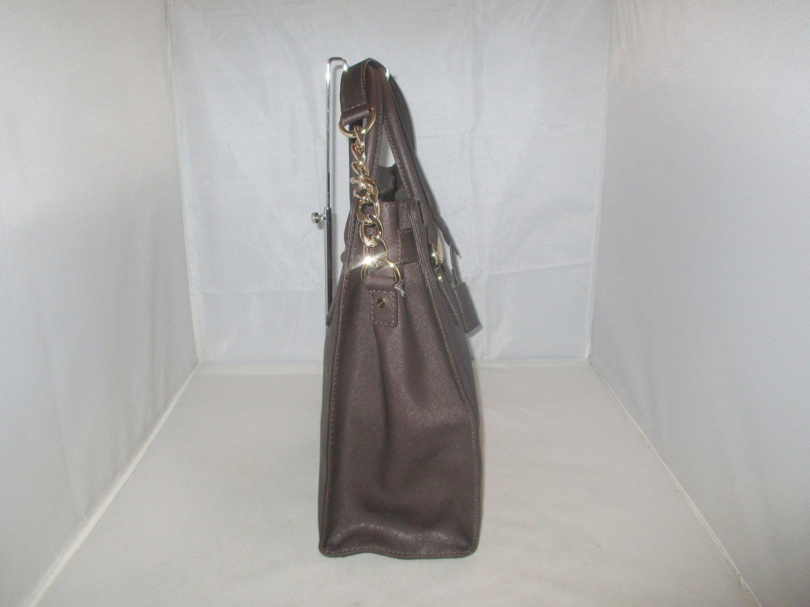 b9f1fdc9ff79 Michael Kors Handbag