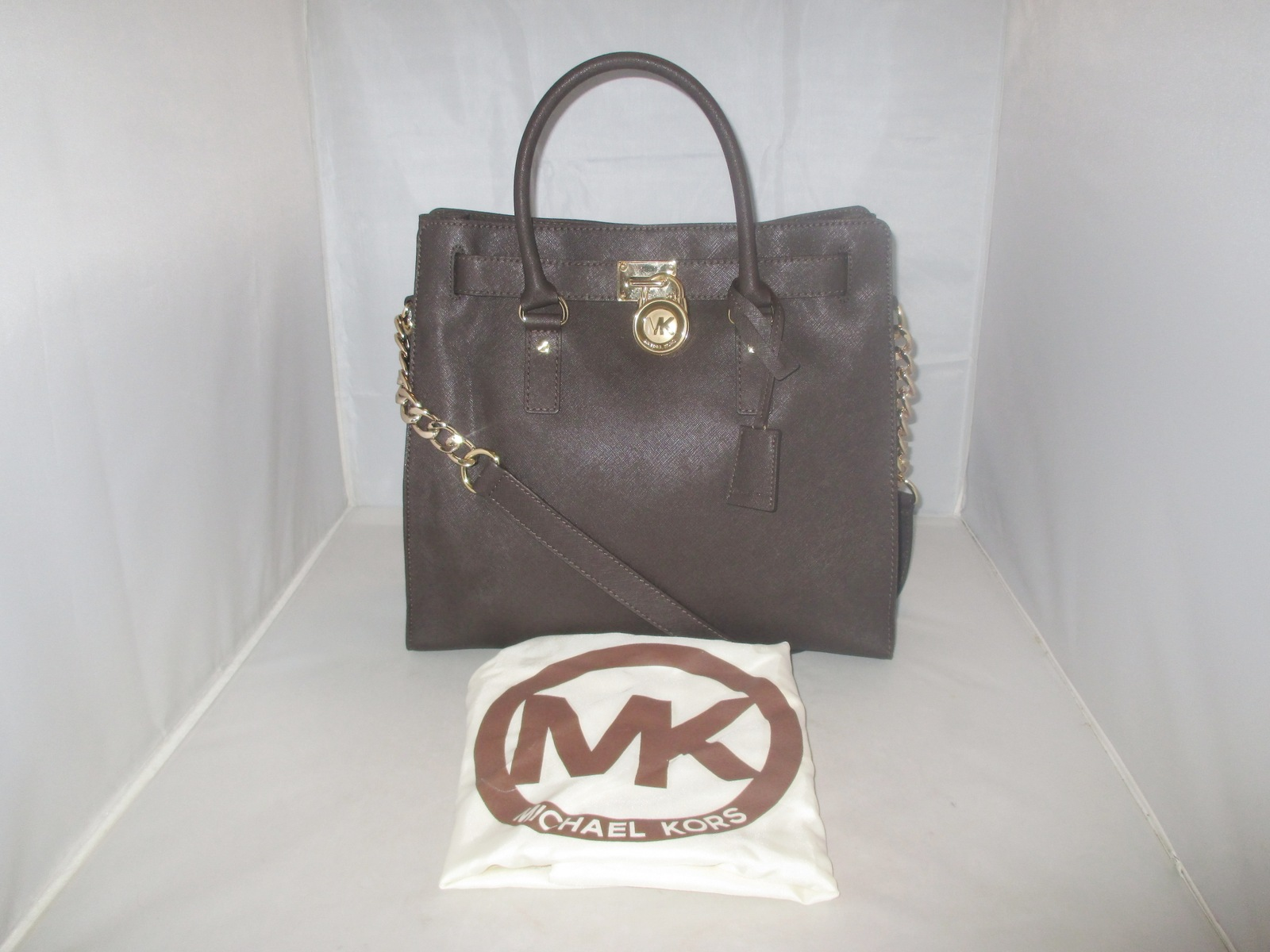 94b1e410b95c Img 6338. Img 6338. Previous. Michael Kors Handbag, Hamilton Large Saffiano Leather  Tote, Shoulder Bag $358