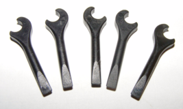 LEGO Lot of 5 Black Wrenches Minifig Accessory - $6.00
