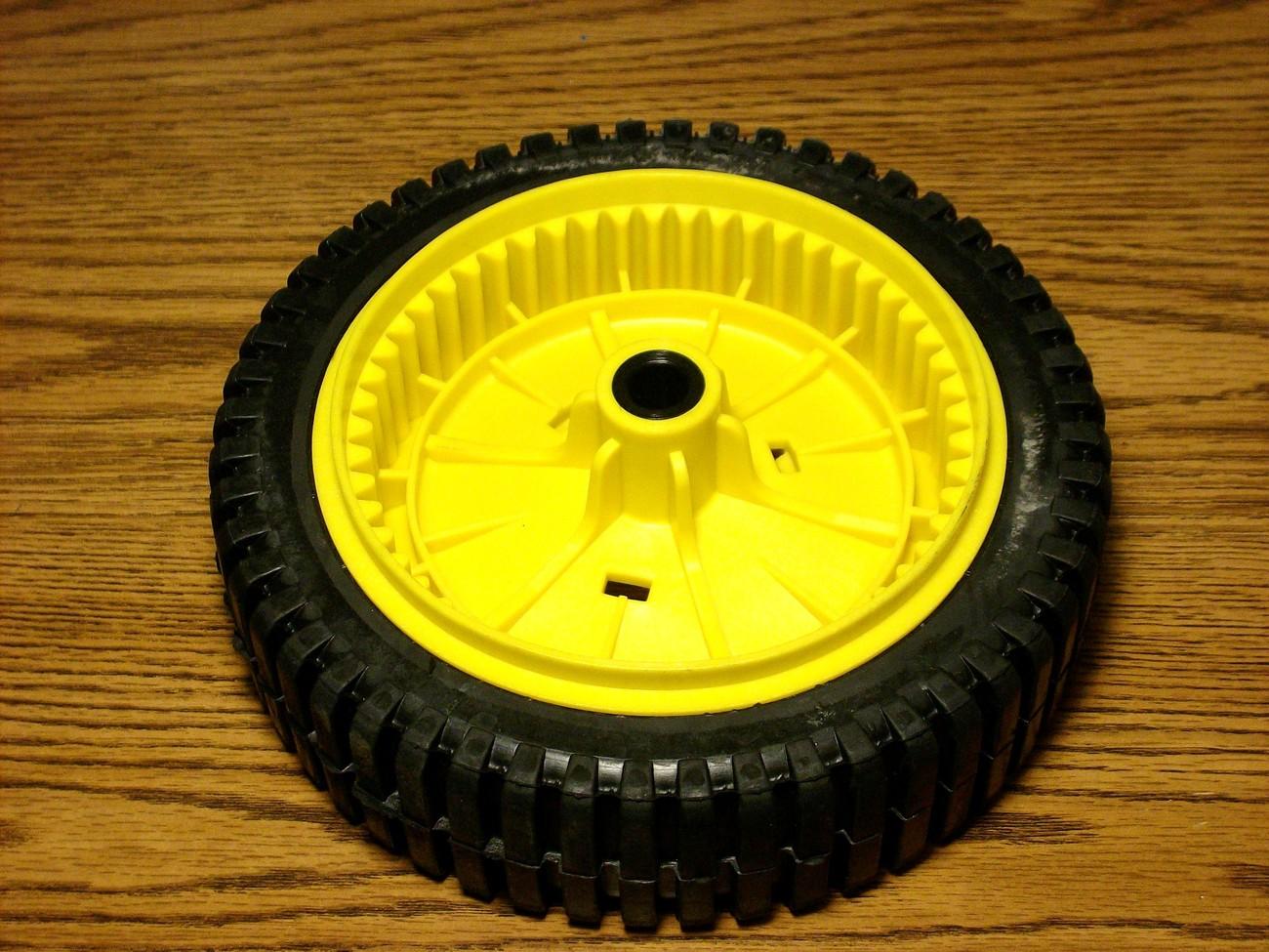 Craftsman self propelled drive wheel tire 151156, 193144