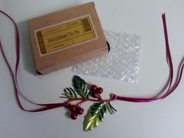 Longaberger Christmas / Ornament Basket Tie On Holly Berry Metal Napkin ... - $9.85