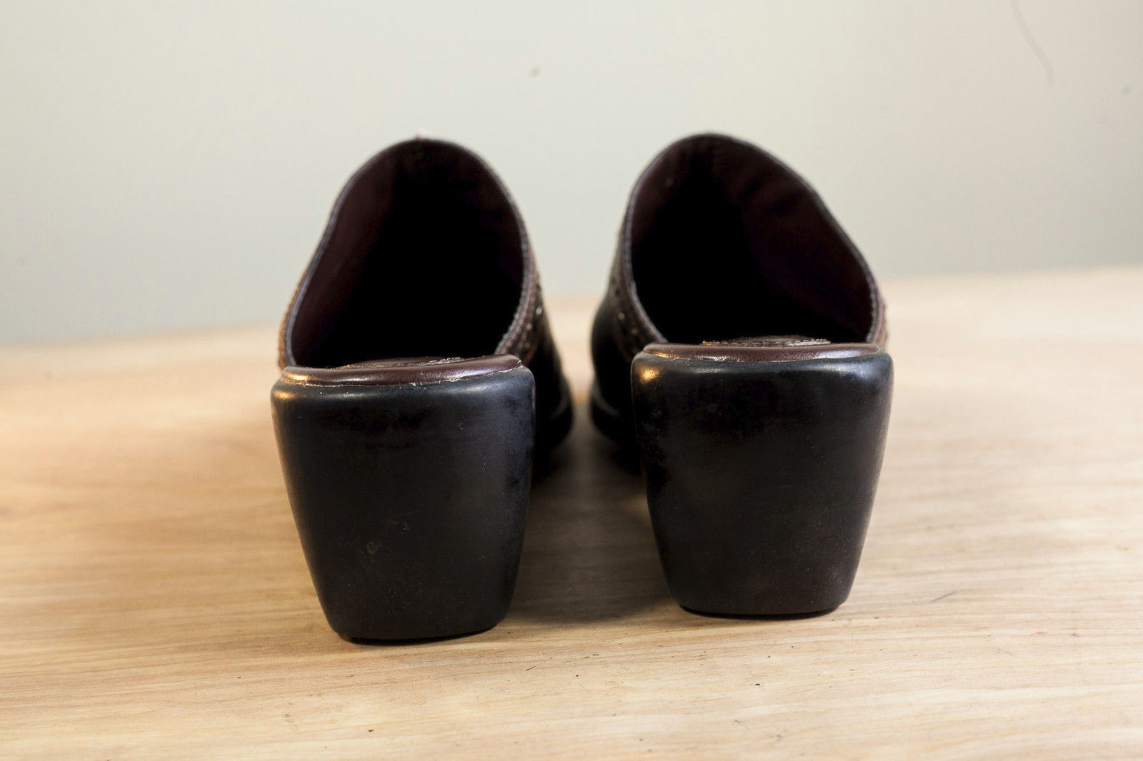 Clarks 9.5 Brown Mules Women's Shoe image 6