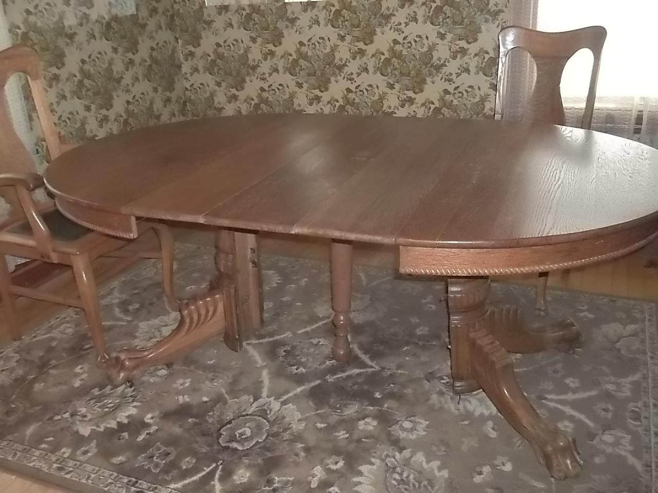 Antique Round Oak Pedestal Table7 ChairsClaw Feet45wo