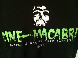 Cine MACABRE- Horror & SCI-FI Film Fest 2004 T-Shirt 100% Cotton L Black - $13.95