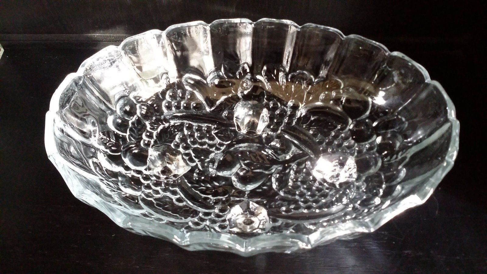 Vintage indiana glass oval centerpiece footed fruit