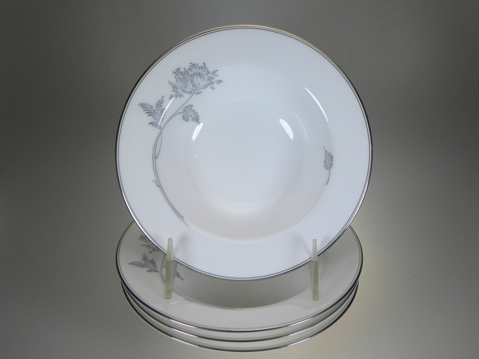 Royal Doulton Allure Platinum Fruit Bowls Set of 4 NEW WITH TAGS - $36.14