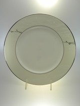 Waterford Lisette Dinner Plate New With Tags - $21.46
