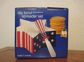 Boston Warehouse Americana Dip Bowl and Spreader set - $190,50 MXN