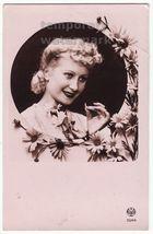 BEAUTIFUL BLOND WOMAN- DAISIES- ART DECO RETRO ROMANTIC c1920s-1930s pos... - $4.55