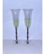 Le Stelle 2 Champagne Flutes Glasses Green with Purple Stems - $18.99