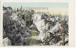 SILVER GATE and HOODOOS-YELLOWSTONE PARK postcard c1900-10s DETROIT PUBL... - $2.71