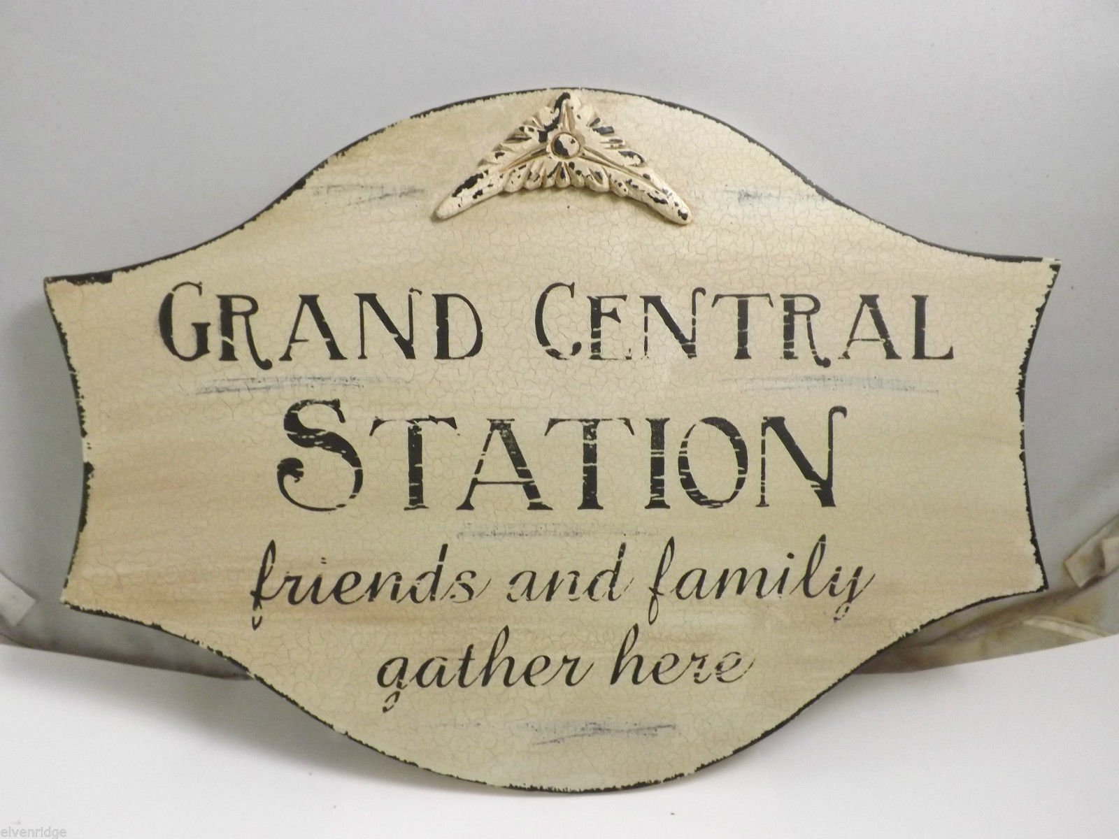 """ Grand Central Station Friends and Family Gather Here "" Home Wall Decor Plaque"