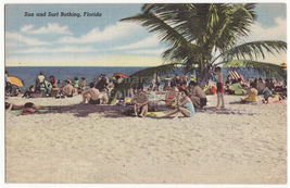 FLORIDA SUN AND SURF BATHING - c1940s BEACH SCENE ~ postcard - $3.22