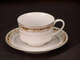 Signature Queen Anne #113 Cup & Saucer - $19.99