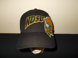 NDSU North Dakota State Bisons flexfit fitted M/L Zephyr hat sku21 - $27.83