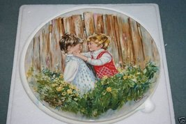 """Wedgwood """"Be My Friend"""" Mary Vickers Plate 1981 NEW - $15.99"""