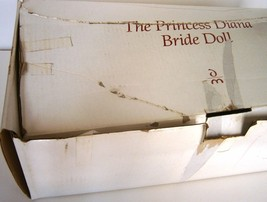 The Princess Diana Bride Doll by Danbury Mint image 6