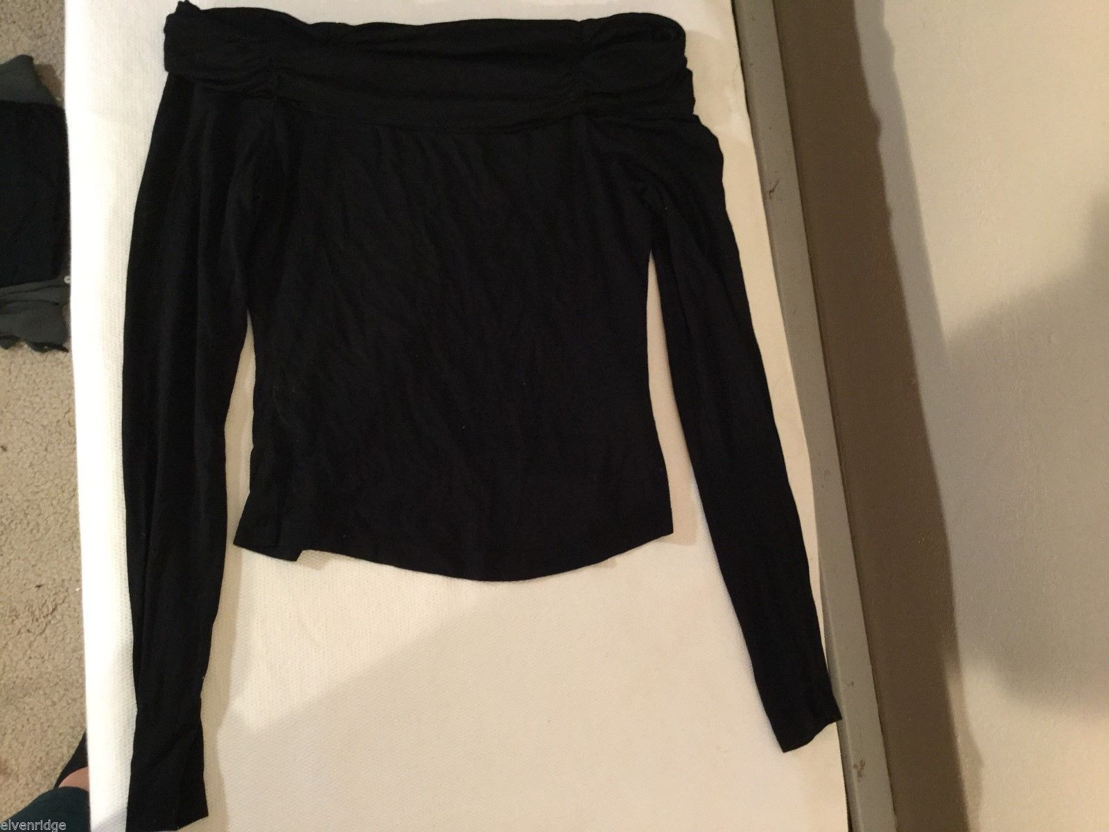 Womens Bebe Black Off the Shoulder Blouse, size Small