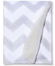New Circo Super Soft Valboa Navy Chevron Zig Zag Security Baby Blanket - $431,47 MXN