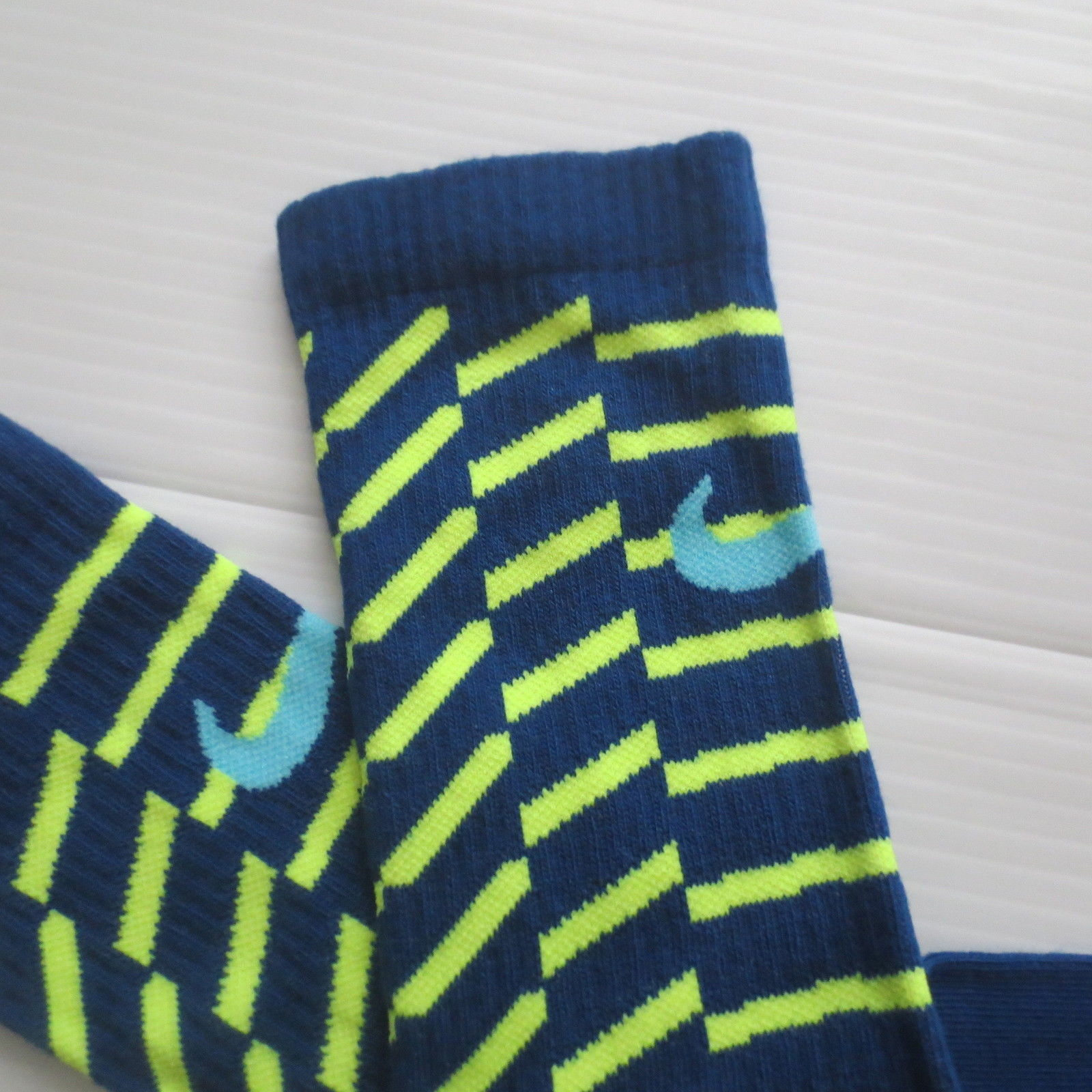 Nike Youth Performance Crew Socks - SX5815 - Dark Blue - Size M - NEW