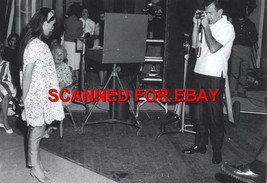 NANCY KWAN ON THE SET CANDID PHOTO 5O-395 - $14.84