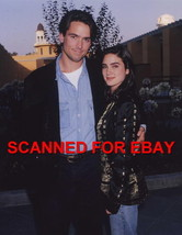 BILLY CAMPBELL ~ JENNIFER CONNELLY ~ CANDID PHOTO 5M-886D - $14.84