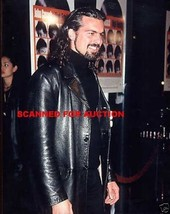 ODED FEHR CANDID WITH LONG HAIR PHOTO 8D-245 #2 - $14.84