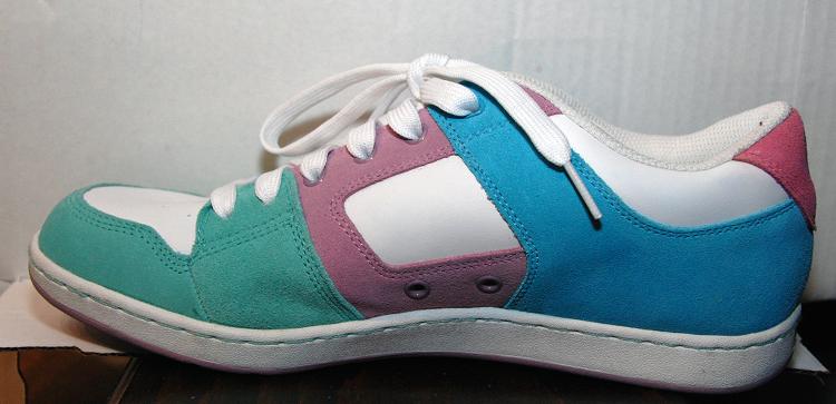 Dsc 2907 sketchers multi color sneaker 1