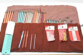 44 Vintage Bates Knitting Plastic Metal Needle Set+Yarn Bobs+Bone Rings+... - $41.16 CAD