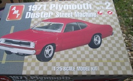 AMT 1971 Plymouth Duster Street Machine 1/25 scale - $29.99