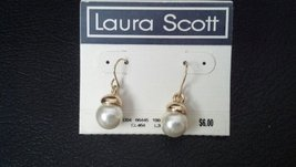 LAURA SCOTT EARRINGS [Misc.]